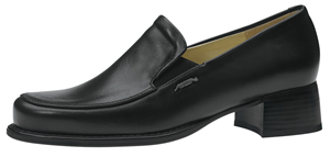 3920 Ladies black leather slip on shoes lining with calf leather