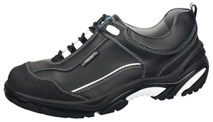 4574 Safety trainer black smooth leather uppers lace up